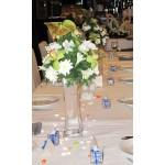Украса на ресторант с антуриум и орхидея