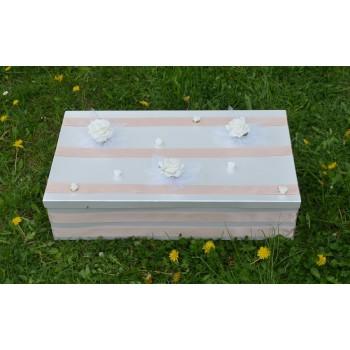 Кутия за кръщене в светло кафяво