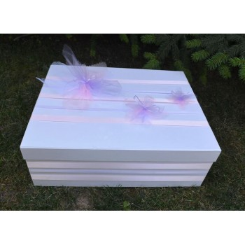 Кутия за кръщене на момиче в розово