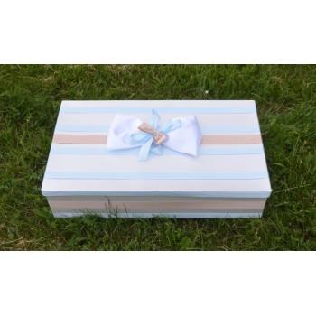 Кутия за аксесоарите на кръщенето