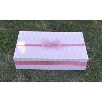 Кутия за кръщене в цвят люляк