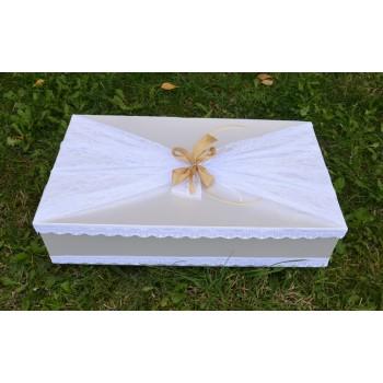 Кутия за кръщене в златно