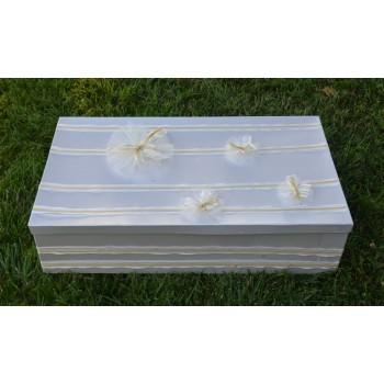 Кутия за момиче