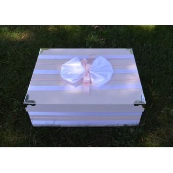 Кутия за кръщене в розово