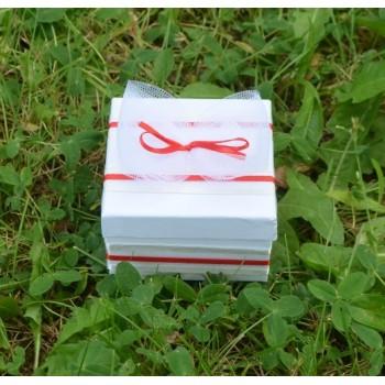 Подарък за гости в червено