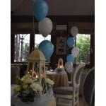 Декорация на ресторант с цветя и свещи