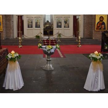 Украса на църква в златно